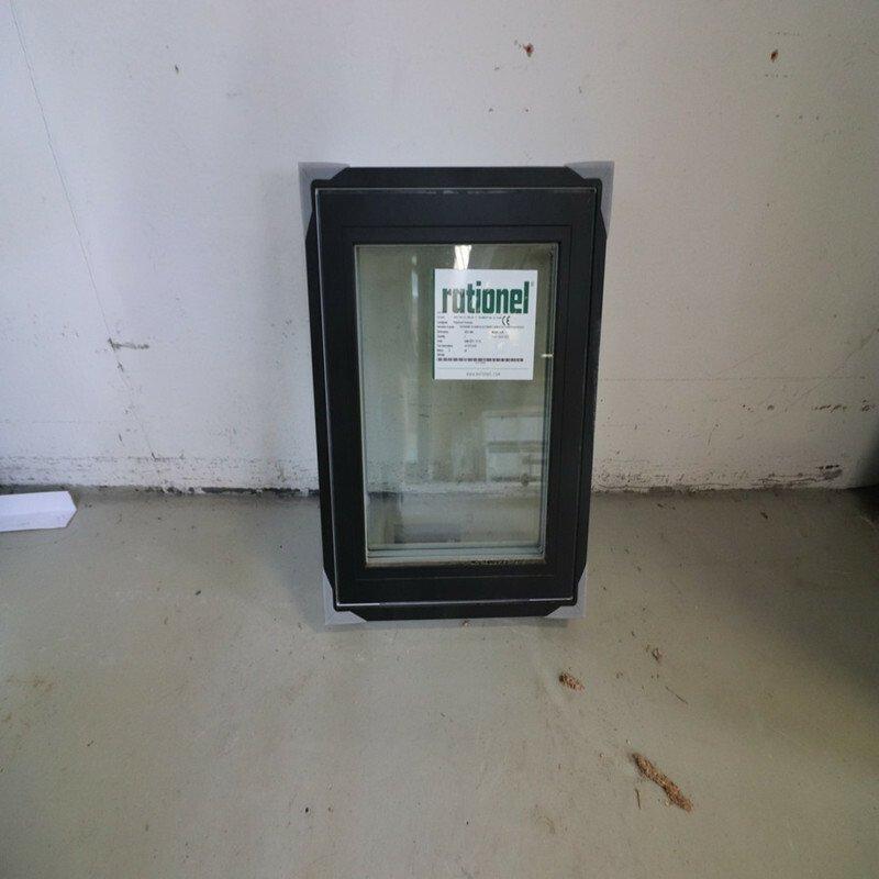 Topstyret vindue 58,8x64,3