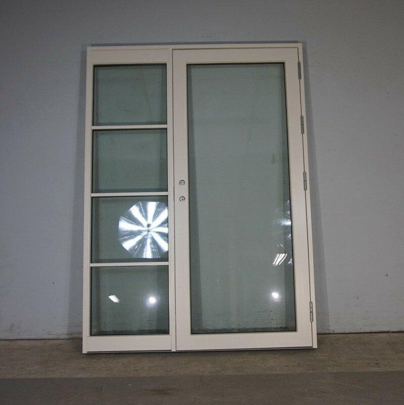 Facadedør m sideparti HU 155x213,5 cm