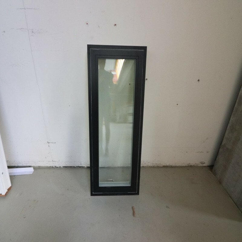 Topstyret vindue 52,8x128,8
